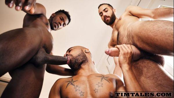[Gay] Santiago bareback 3some – Santiago, Devon Lebron & Fostter Riviera